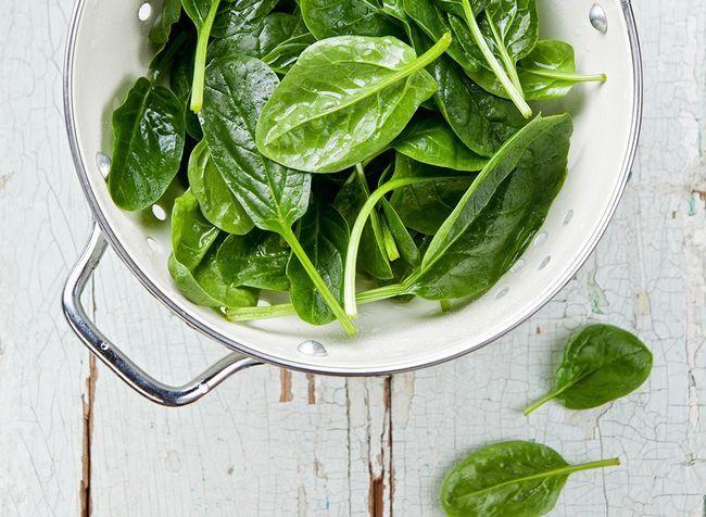 melhores alimentos ricos em proteínas para perda de peso - o espinafre