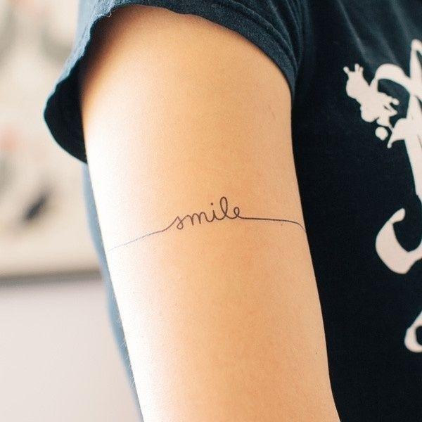 Braçadeira tatuagem pequena