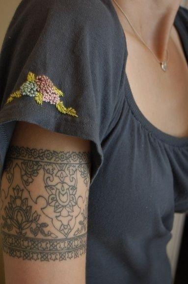 Ideias legal do tatuagem do braço banda
