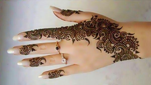 Melhor árabe Mehndi Designs mão para trás 11