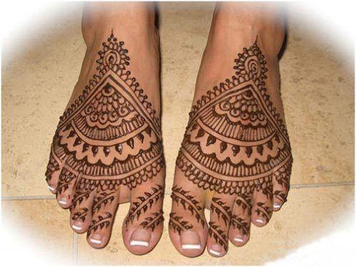 Melhor árabe Mehndi Designs para os pés bridal 20