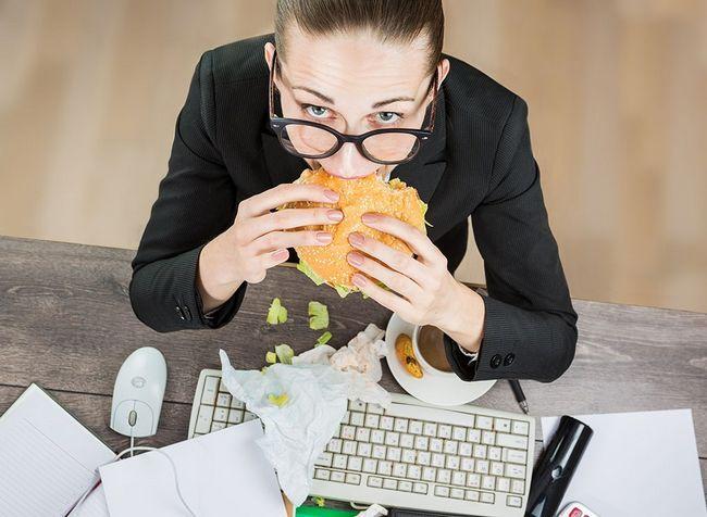 25 Coisas que você fez hoje que sabotaram suas metas de perda de peso