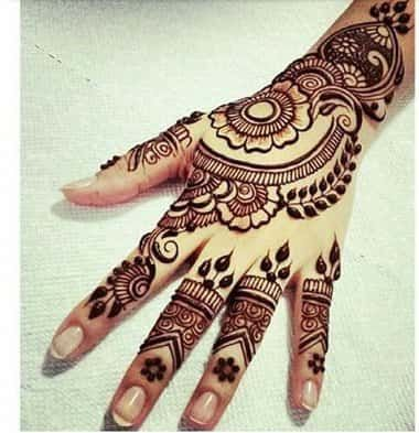Best-noiva-Mehendi-Designs-Índia (38)