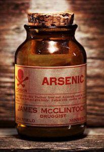 garrafa de veneno arsênico Vintage B79TFM na prateleira antique
